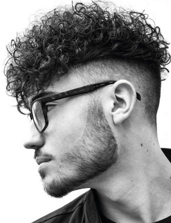 Curls-texturizados-Faded-Undercut---Textured-Curls-Faded-Undercut